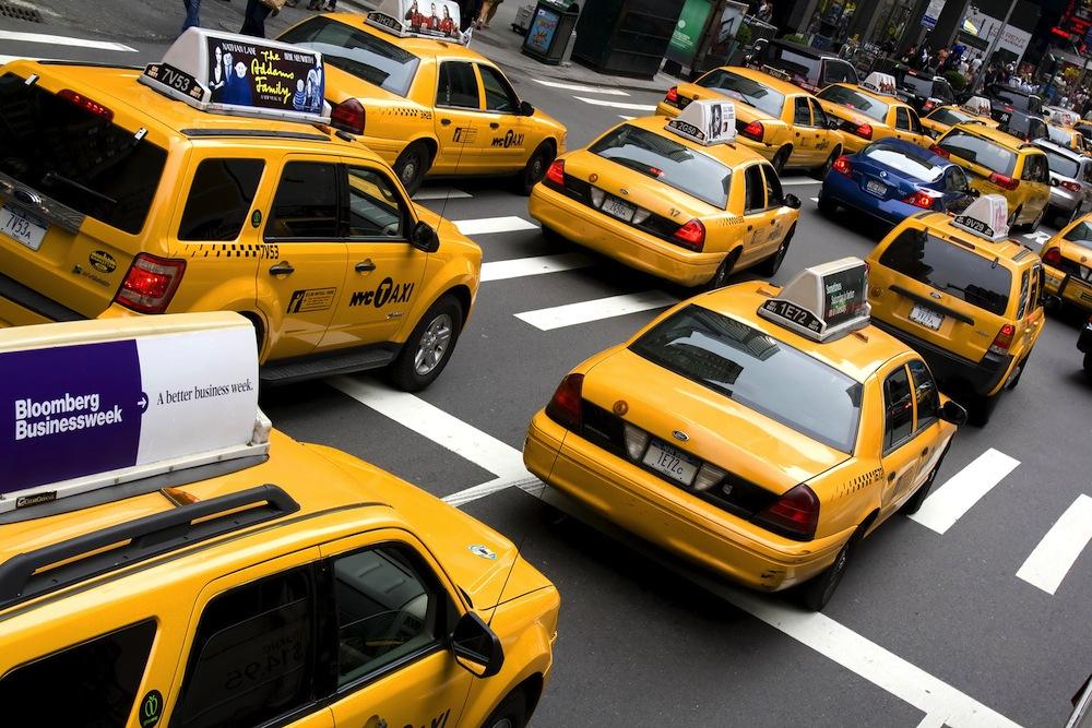 Taksinkuljettajalla pitää olla riittävät vuorovaikutustaidot